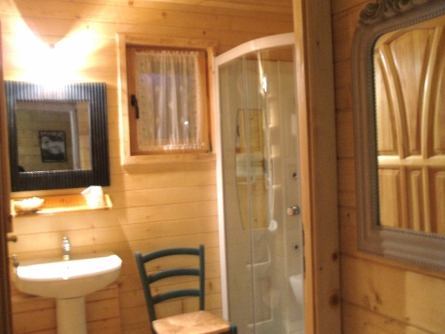 chalet 1 douche WC (640×480) (640×480) – Copie
