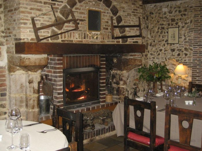 hotel-le-cheval-blanc-restaurant-charny-806212